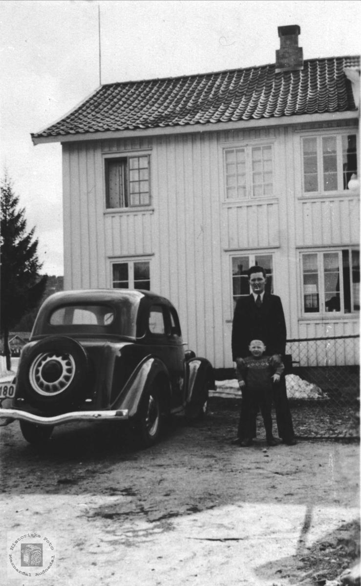 """Slottet"" i Øyslebø sentrum."