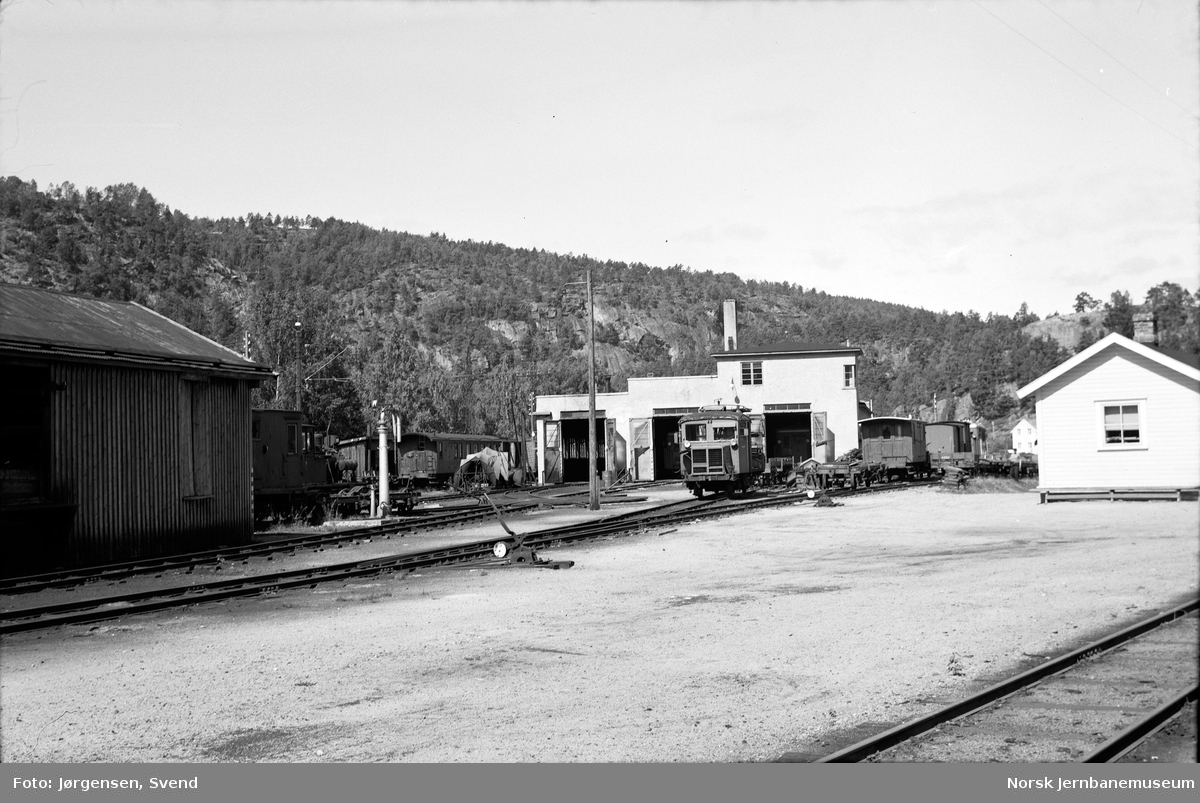 Verksted/lokomotivstallområdet på Grovane stasjon