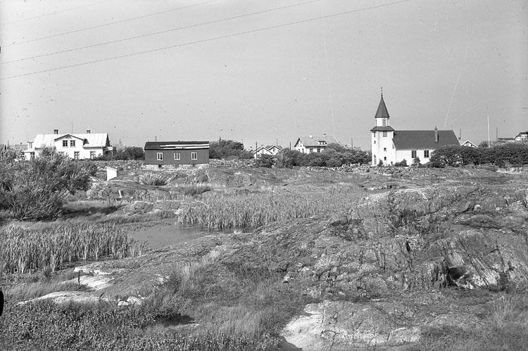 """Enligt AB Flygtrafik Bengtsfors: """"Käringön kyrka o prästg. Bohuslän""""."""