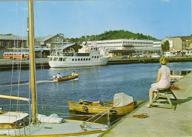 """""""Uddevalla: Parti av hamnen"""". ::"""