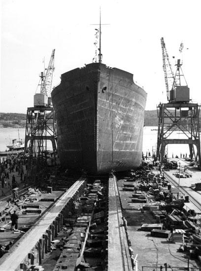 Vid dop och sjösättning av fartyg 124 M/T Astrid Elisabeth.