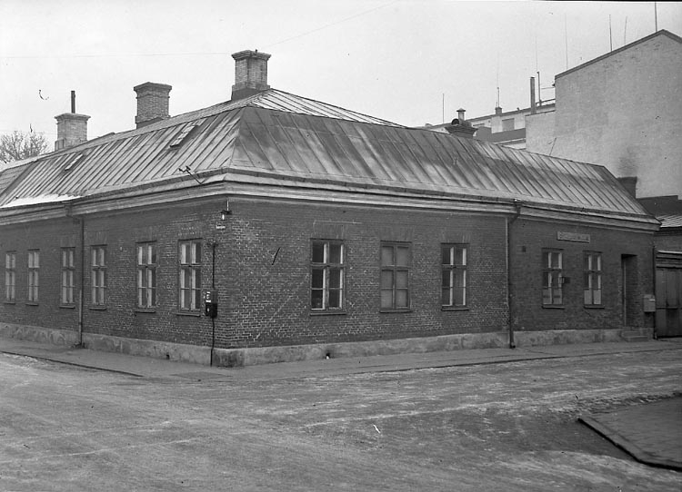 "Enligt notering: ""Sjömanshuset 25/2 1948""."