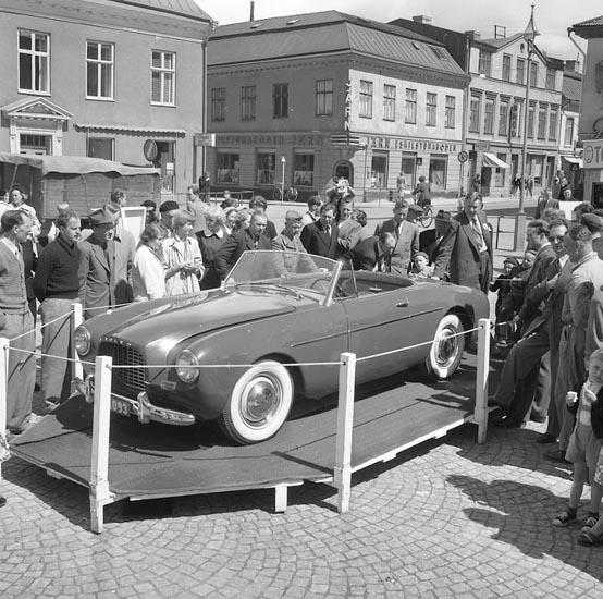 Volvo Sport på Kungstorget Uddevalla 1950-tal.
