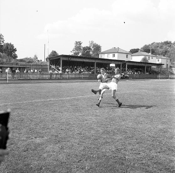 Fotbollsmatch mellan Svane och Munkedal på Rimnersvallen