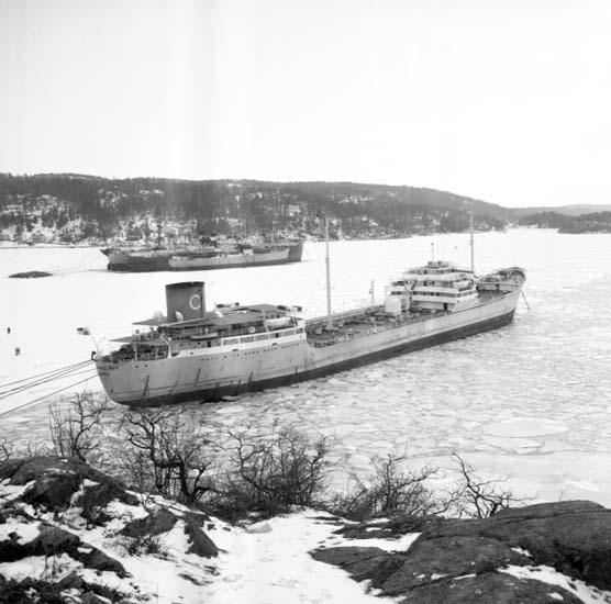 """Enligt notering: """"Panamabåt upplagd mars -58""""."""