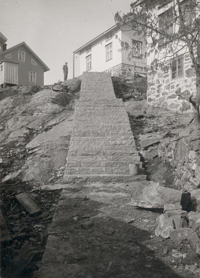 """""""Gullholmen"""". """"Foto (C70) Dan Samuelson 1924. Köpt av densamme december 1958"""" noterat på fotot."""