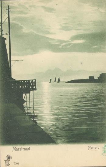 """Tryckt text på kortet: """"Marstrand. Norrbro"""""""