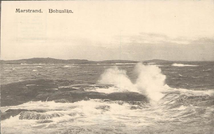 """Tryckt text på kortet: """"Marstrand. Bohuslän."""" ::"""