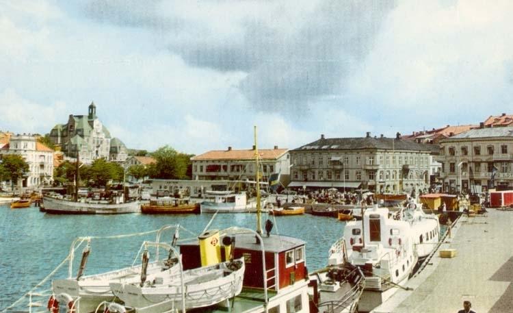 """Tryckt text på kortet: """"Strömstad. Norra Hamnen."""""""