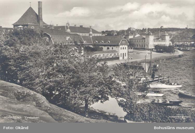 "Tryckt text på kortet: ""Strömstad Varmbadhuset."" ""Förlag Nordisk Konst Stockholm."""