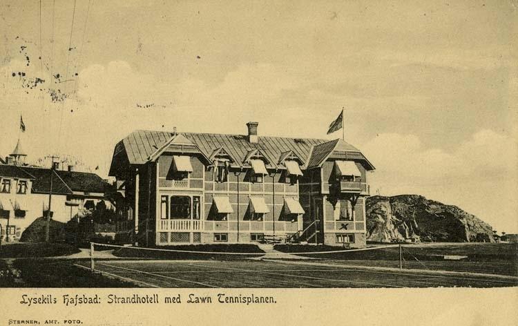 Lysekils Hafsbad: Strandhotell med Lawn Tennisplan.
