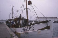 GG102 i Hönö hamn