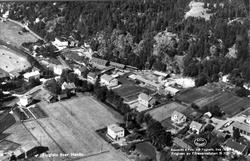 Flygfoto över Henån.