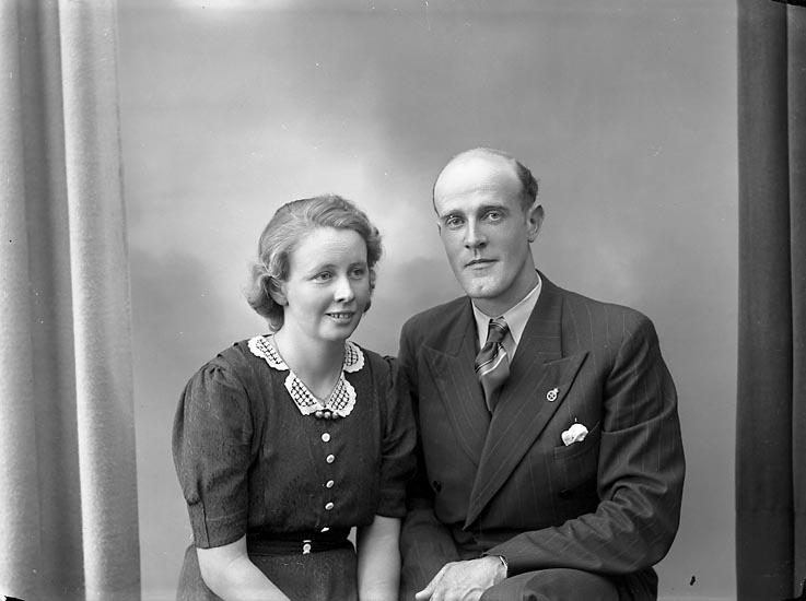 "Fotografens journal nr 6 1930-1943: ""Olofsson, Herr Bengt, Tolleby Fagerfjäll""."
