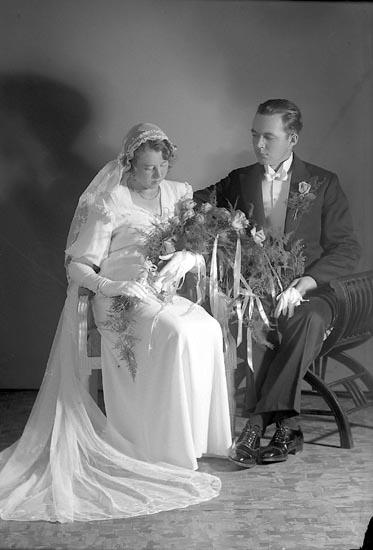 """Enligt fotografens journal nr 6 1930-1943: """"Samuelsson, Bror, Gategård Här""""."""