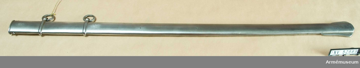 Grupp D II. Balja till kavallerisabel m/1854 med kluven parerplåt.