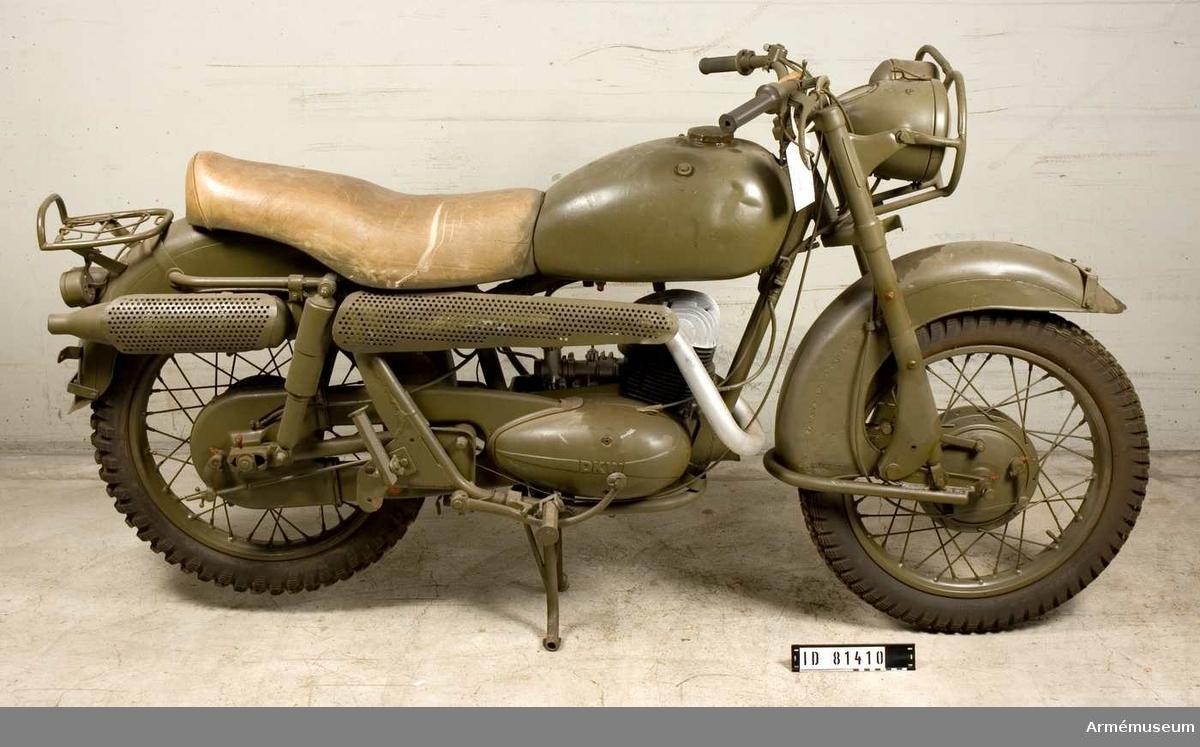 Grupp I VII.  Motorcykel med DKW-motor.