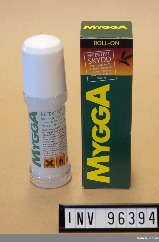"""Av märket """"Mygga"""", med innehållet/produkten kvar i förpackningen."""