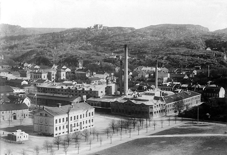 Margretegärdeparken med Folkskolan och Tändsticksfabriken