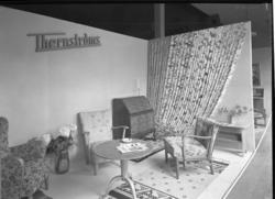 Vardagsrum i hemutställning 1942