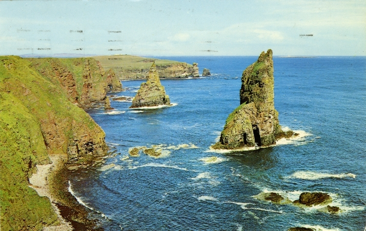 Notering på kortet: The wild grandeur of the stacks of Duncansby.
