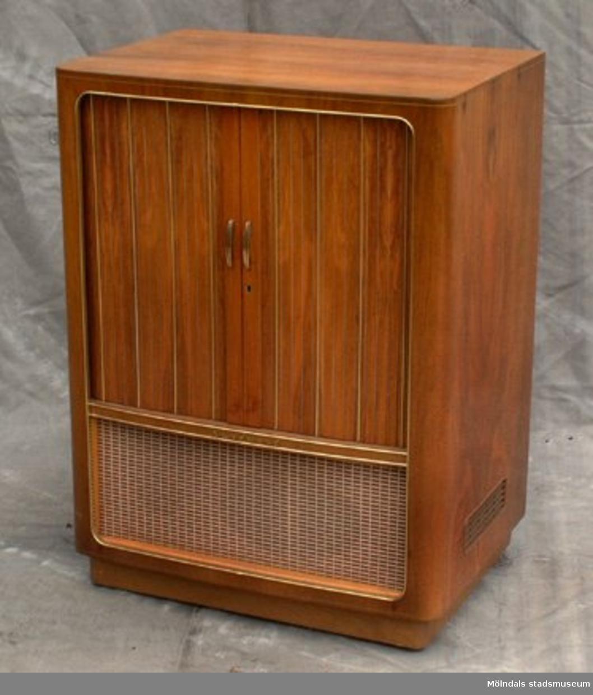 60-tals TV med jalusi.