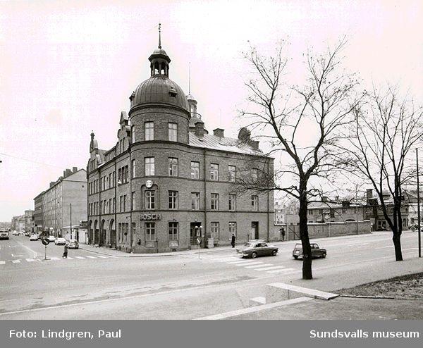 Gamla brandstationen (1899-1957). Köpmangatan 29,  Skolhusallén 17.