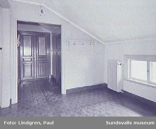 """""""Villa Albäcken"""" Albäcksgatan 35. Tambur övre botten."""