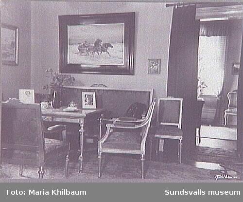 Svartviks herrgård. Interiör från salong.
