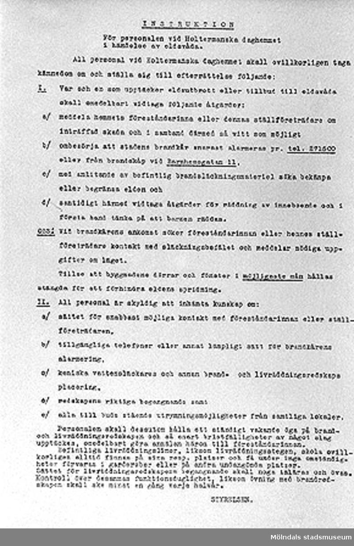 Ark med instruktioner till personalen vid Holtermanska daghemmet, 1940-tal.