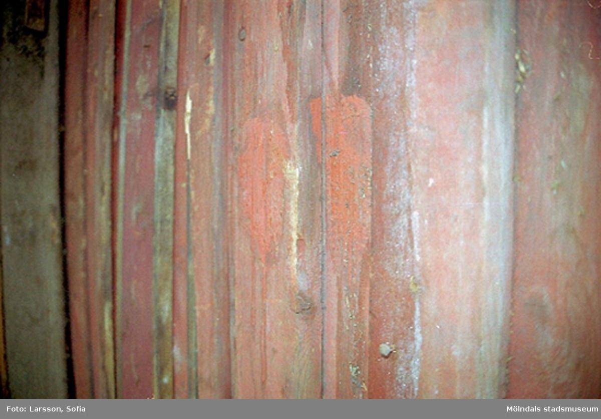 Del av fasad. Rosendal 12 på Stockliden 7, 2002-03-15.