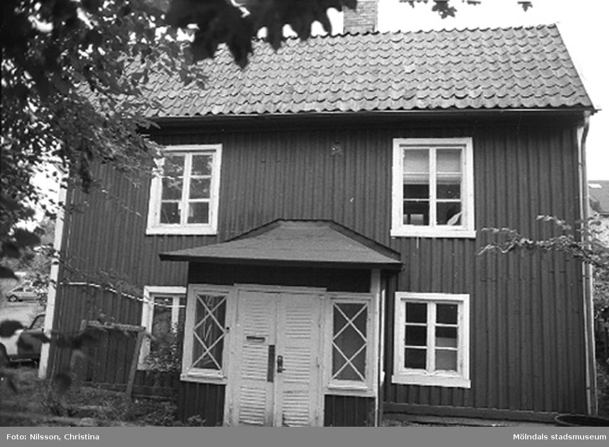 Röda huset, Grevedämmet, Kvarnfallet 31, Mölndal hösten 1994.