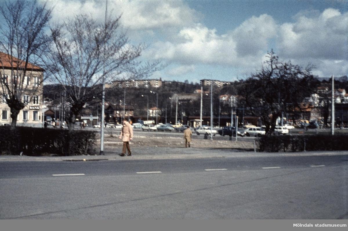 Vy mot nordost från Broslättsgatan i Mölndal, 1970-tal.