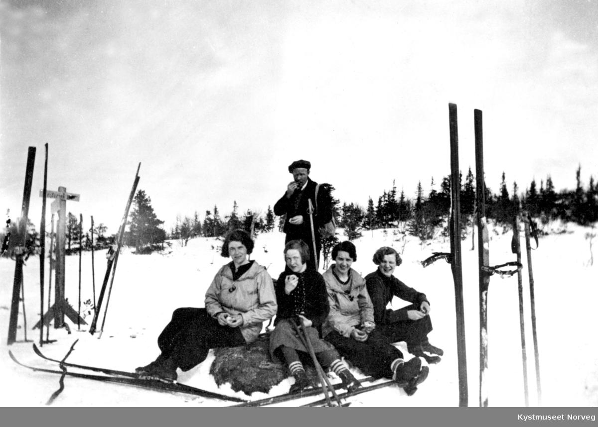 Ukjente personer på skitur