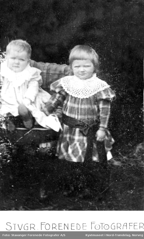 Magnhild Valø Strand og Ebba Valø Wigdahl