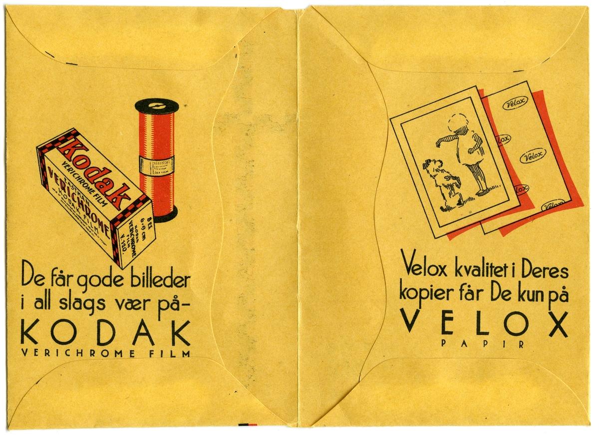 Konvolutt fra fotografen/ firmaet J.L. Nerlien AS, hvor 4 negativer ble oppbevart.  Baksiden: Håndskrevet og trykket tekst.