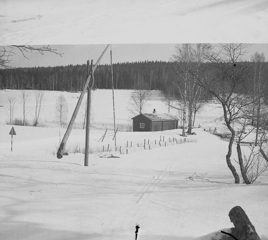 Siggebohyttans bergsmansgård, exteriör.18 februari 1945