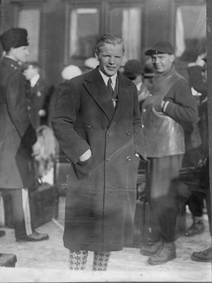 Sigmund Ruud som tilskuer under renn 1920-tallet