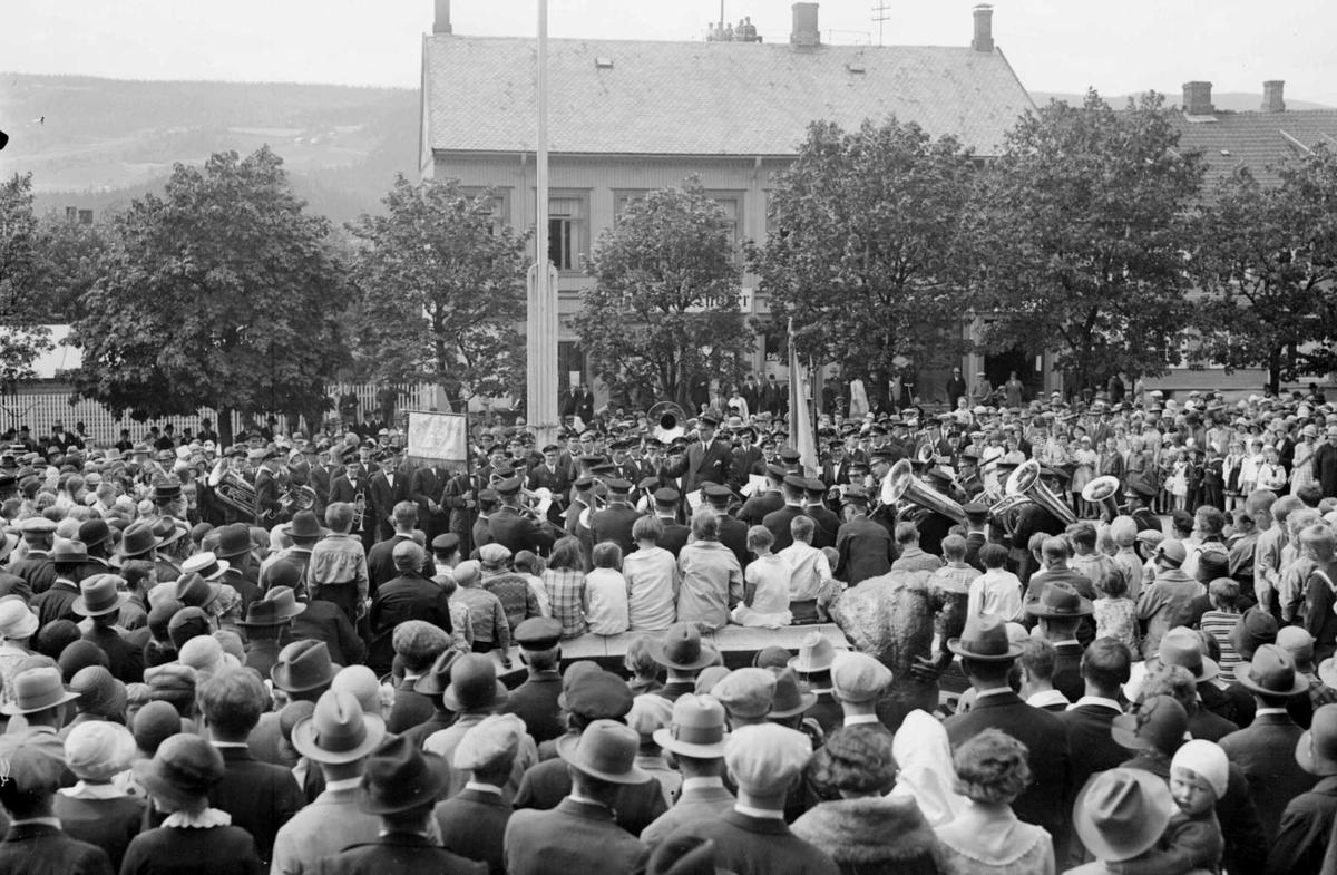 Mjøsbyens musikkstevne i Lillehammer 1930.