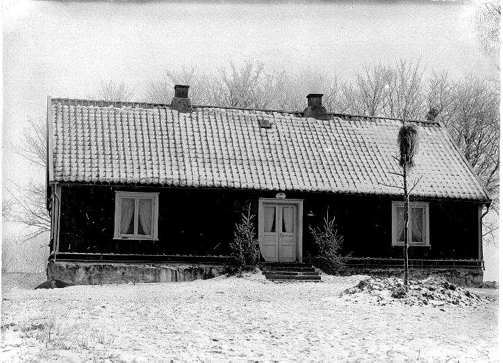 Länsmansgården, Hassla, Kinneved. Bild på huvudbyggnaden.