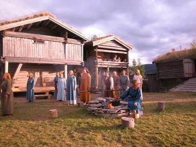 Olsokspelet Tylldalen bygdetun2 (Foto/Photo)