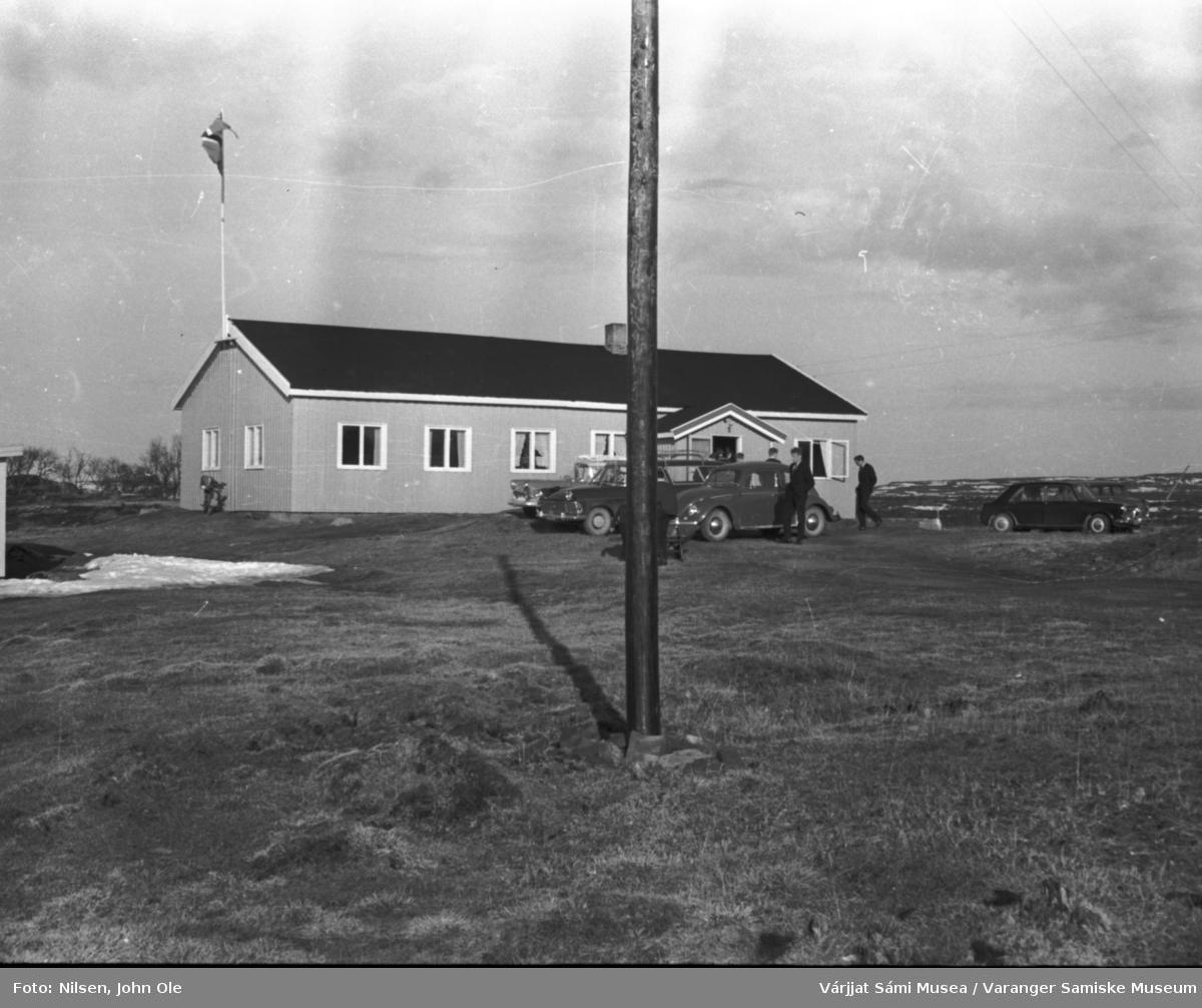 Utenfor Soltun, pinsestevne 29. mai 1966.
