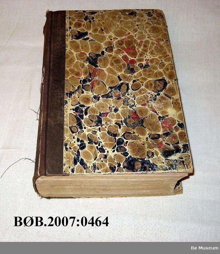 Innbunde bok, ryggen er i bomull.