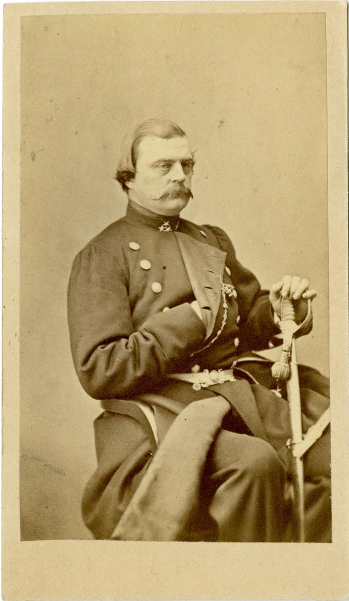 Porträtt av Fredrik Horn, major vid Andra livgardet I 2. Se även AMA.0007511.