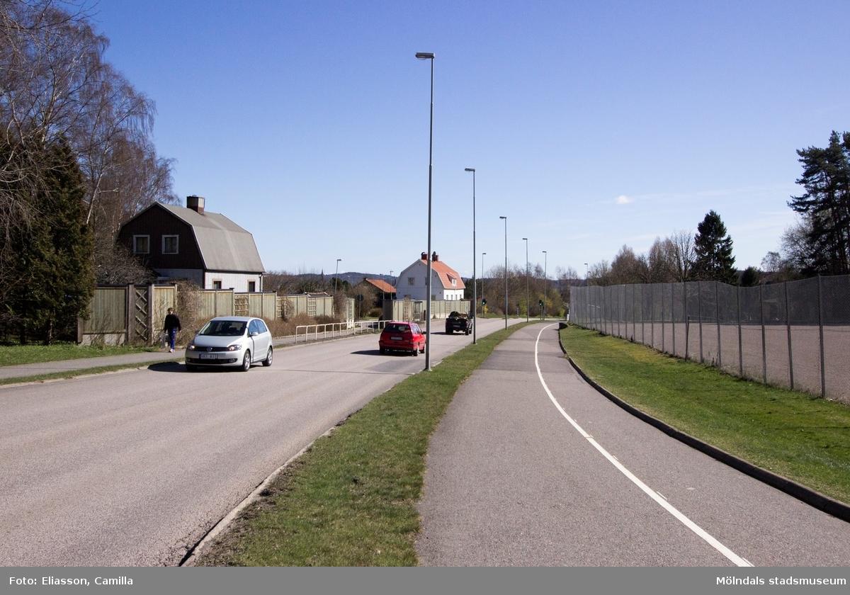 Till höger ligger Toltorpsplan och första huset till vänster ligger på Toltorpsgatan 61.