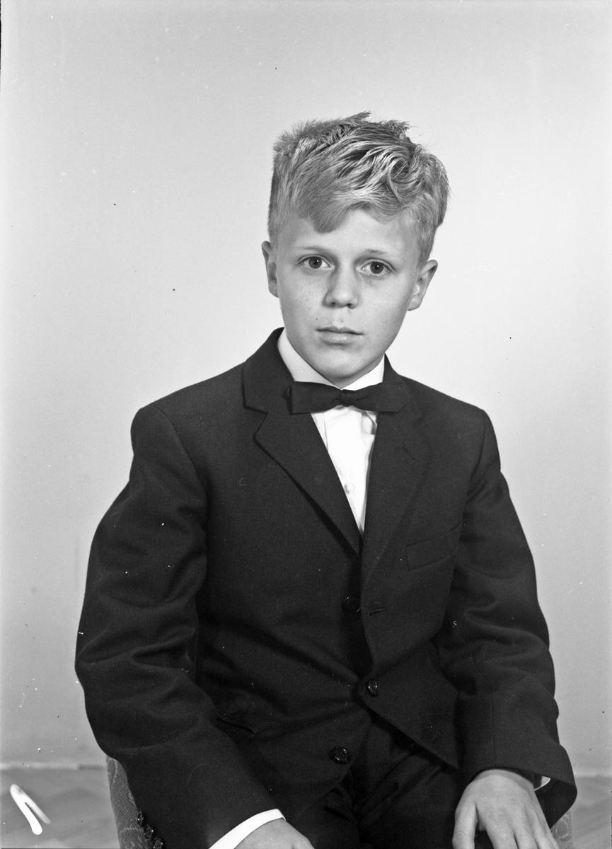 Portrett av en ung mann - bestiller Torleif Bjelland