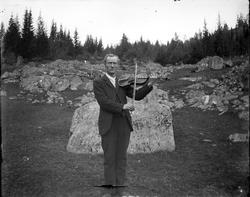 Svein Kjetilsson Løndal (14. juli 1864–27. mai 1949)[1] var