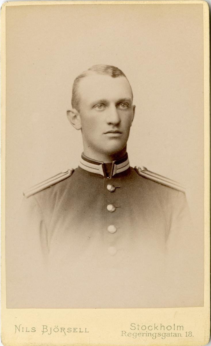 Porträtt av Wathier August Hugo Hamilton, elev vid Krigsskolan Karlberg, sedemera officer vid Upplands regemente I 8.