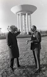 1972-10-20. Invigning av Vattentornet, Tratten. Klockan 13.3