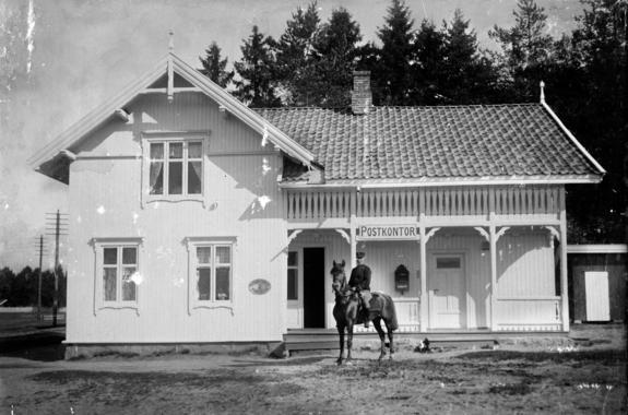Postkontoret på Gardermoen 1910 (Foto/Photo)